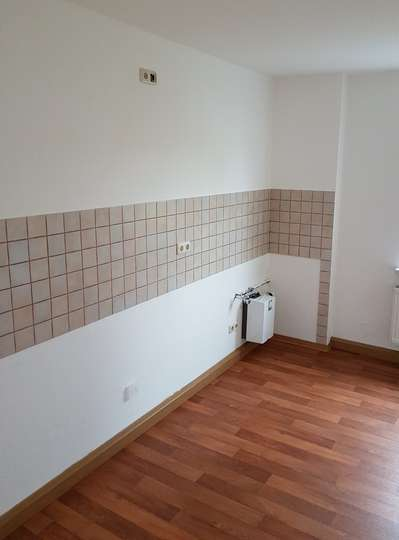 Im Herzen von Deutzen - schöne, helle 2 Raum-Wohnung.