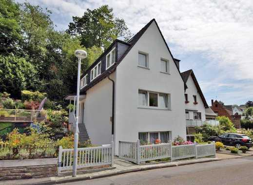 Klein, aber fein :-) Freistehendes Einfamilienhaus in idyllischer und trotzdem zentraler Lage