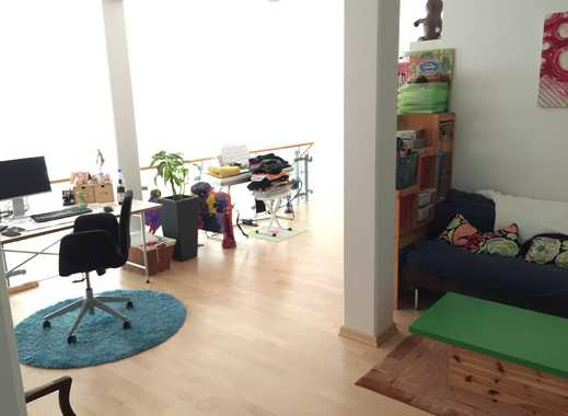 Berlin-Mitte, super central, beautiful furnished room in huge family apartment for 4 months
