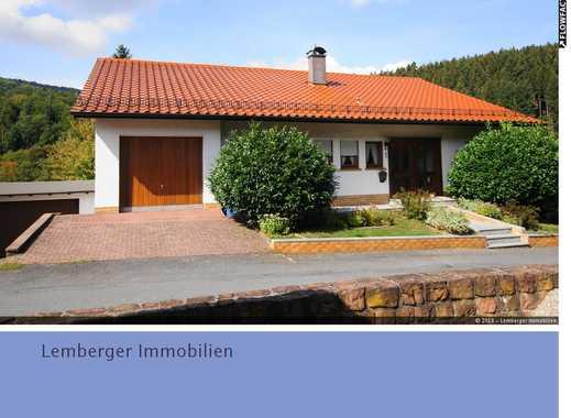 Großzügiges Einfamilienhaus mit großer Einliegerwohnung