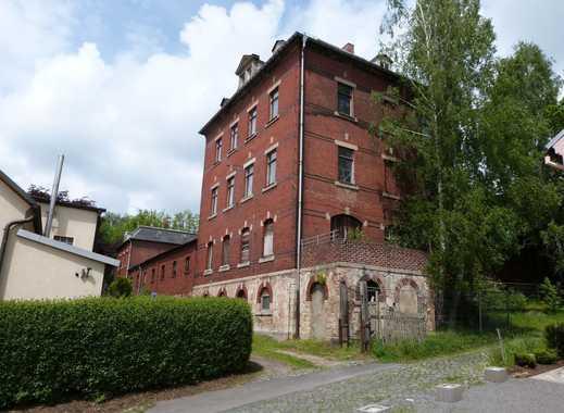 Ehemaliges Wohnhaus mit Fabrikgebäude