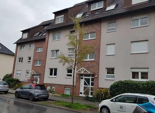 Günstige, vollständig renovierte 3,5-Zimmer-Erdgeschosswohnung in Gelsenkirchen-Erle