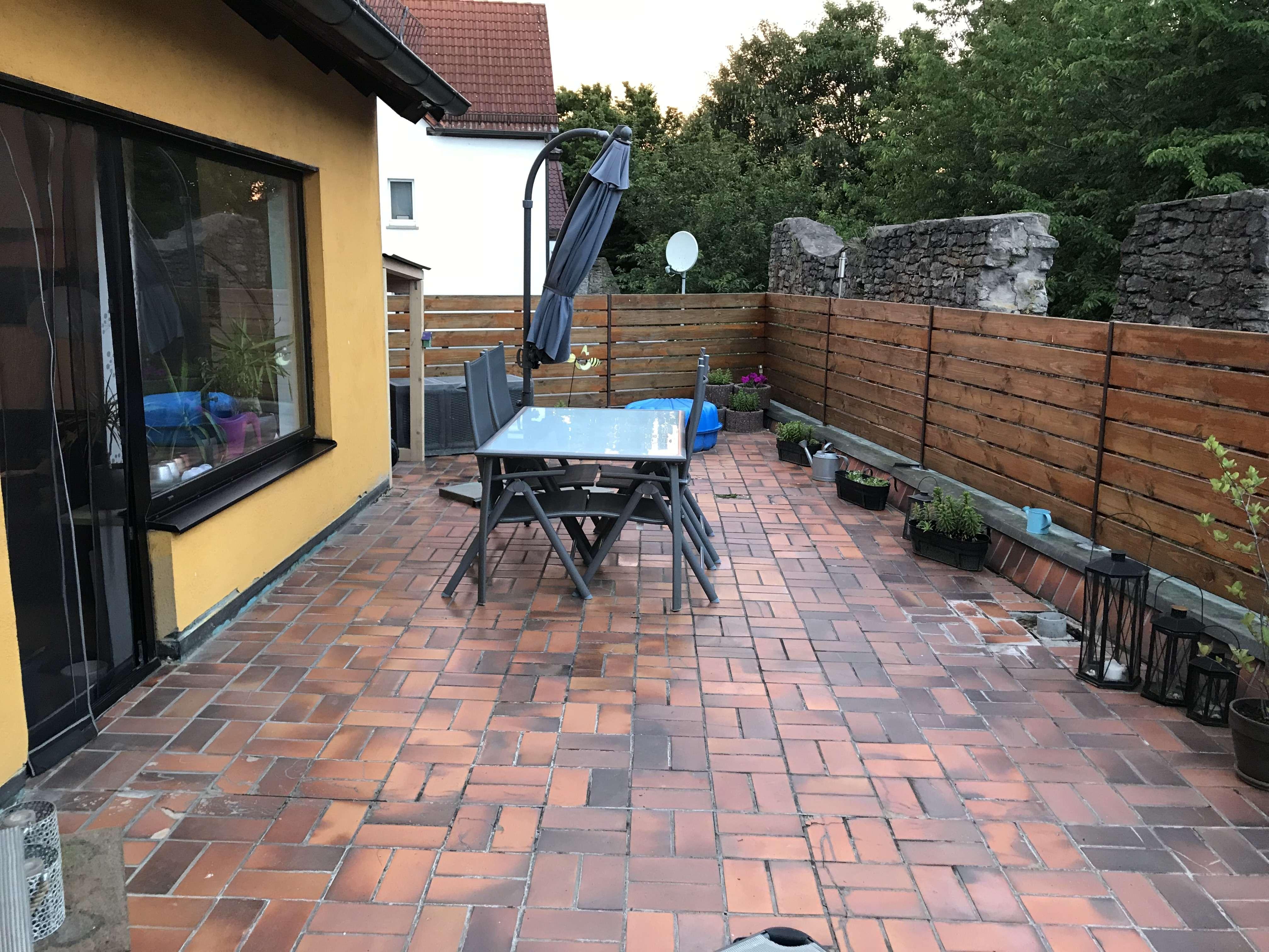 Ansprechende 3-Zimmer-Terrassenwohnung mit EBK in Würzburg