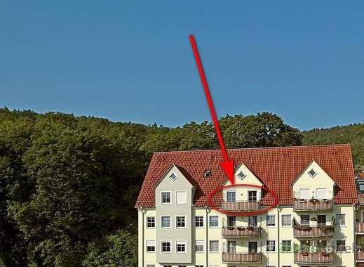Meiningen: kleine ruhige Dachgeschosswohnung mit Balkon zum Innenbereich, Laminatböden, Einbauküc...