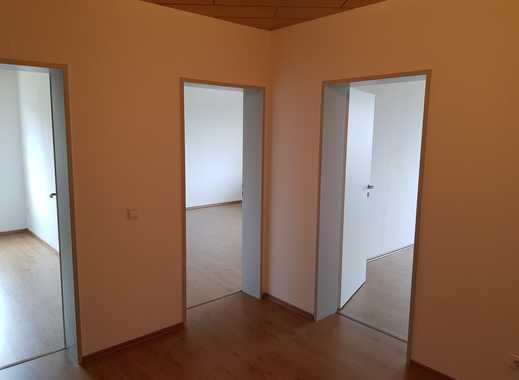 Vollständig renovierte 3-Zimmer-Wohnung mit Balkon in Wülfrath