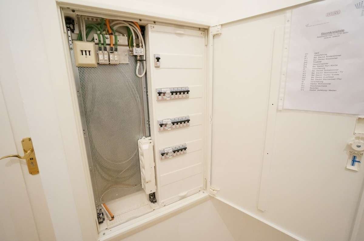 Neue Elektrik Beispiel