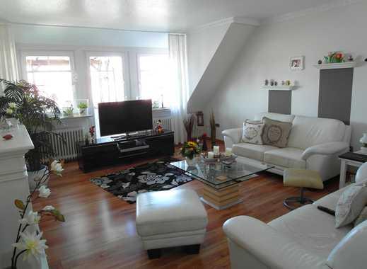 Geräumige helle 4,5 Zimmer Wohnung mit Autostellplatz und Carport in Huckelriede