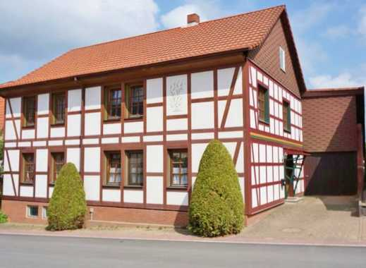 Geräumiges Haus in ruhiger Nebenstraße mit Ausbaumöglichkeit