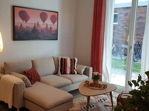 Erstbezug möblierter 1-Zimmer Wohnung mit großer Wohnküche in ...