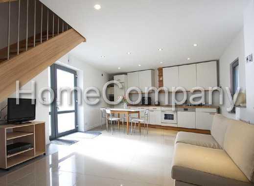 Modern eingerichtete Wohnung über zwei Etagen mit Terrasse, Internetzugang, Busverbindung zur RUB