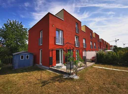 Attraktives Reihenendhaus mit 146,00 m² Wohnfläche, 2 TG-Stellplätzen, bezugsfrei!