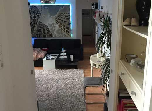 Moderne Singlewohnung mit EBK, großer Dachterrasse + extra Balkon im Herzen der City
