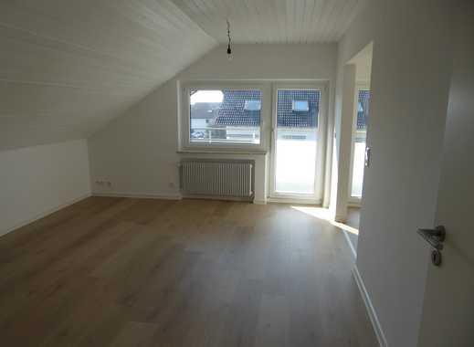 Vollständig renovierte 3-Zimmer-Dachgeschosswohnung mit Balkon und EBK in Pliezhausen