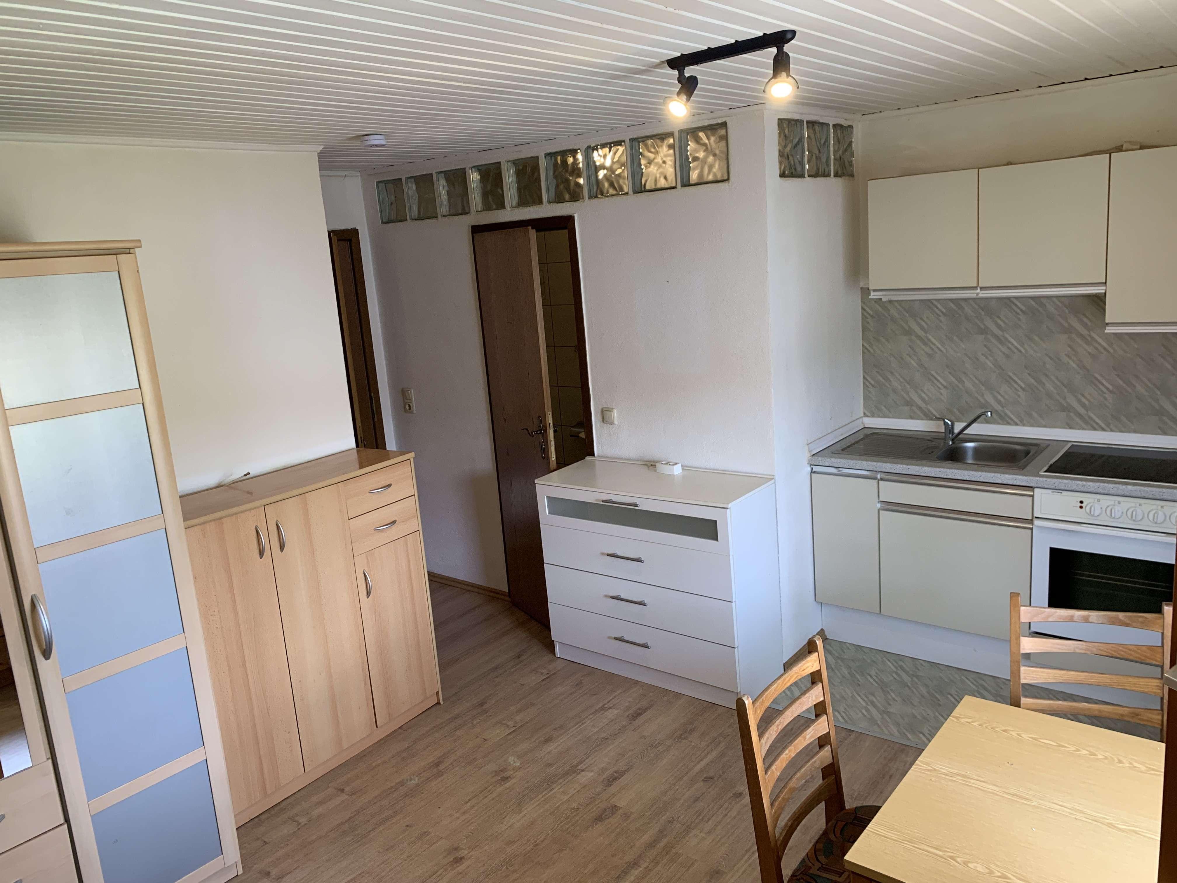 Einzimmerwohnung (möbliert) im Obergeschoss in Dietersdorf zu mieten in