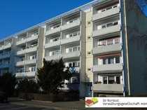 renovierte kleine-2-Raumwohnung mit Balkon 1-