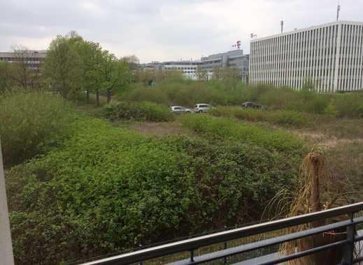 WG-Zimmer in zweier-WG mit guter Verkehrsanbindung in Nähe Rheinaue