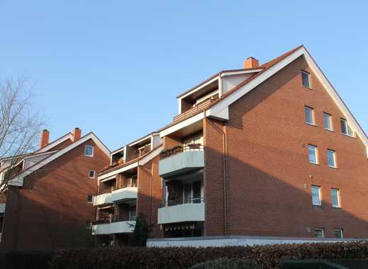Gepflegte, helle  3-Zimmer-Maisonette-Wohnung auf 2 Ebenen mit Süd-Balkon, EBK im Grünen in Elmshorn