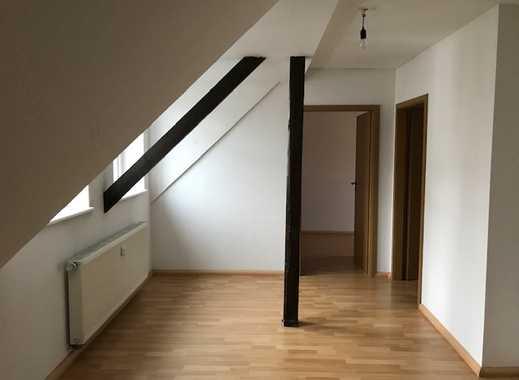 Gemütliche 2-Raum DG-Wohnung gegenüber Steinplatz