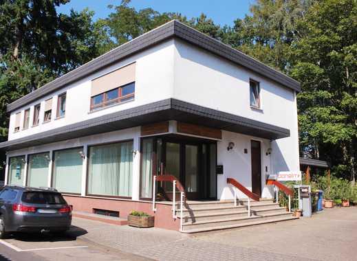 Profi Concept: schöne 5,5 Zimmerwohnung mit Balkon und Blick ins Grüne in Nauheim