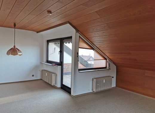Schöne 3 Zimmer im DG + Balkon + EBK in  Geislingen a.d. Steige, ruhige Lage