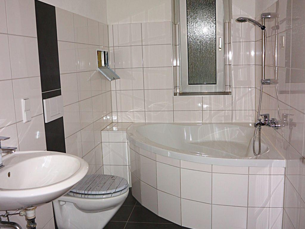 Liebenswert Moderne Bodenbeläge Referenz Von Badezimmer