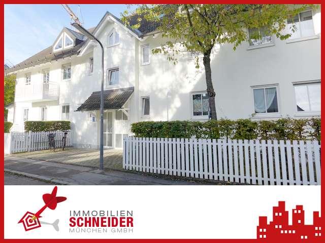 IMMOBILIEN SCHNEIDER - schöne und gepflegte 1,5 Zimmer-Wohnung mit Einbauküche und West-Balkon in Trudering (München)