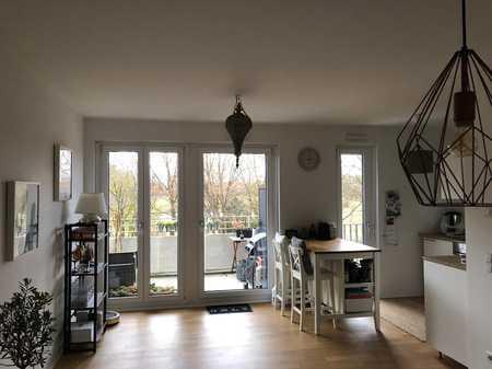 Neuwertige 2-Raum-Wohnung mit Balkon und Einbauküche in München-Perlach in Perlach (München)