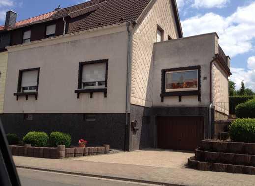 Schönes 1-2 Familienhaus mit fünf Zimmern  in Quierschied-Göttelborn zu vermieten