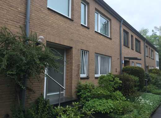 Schönes, geräumiges Haus mit vier Zimmern in Düsseldorf, Stockum