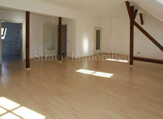 Tolle 2-Raum-DG-Wohnung mit Laminat....Bad mit Fenster....Stellplatz