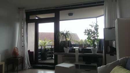 Modernisierte 3,5-Zi-Maisonette-Wohnung, 2 Balkone, nette EBK im grünen Herzen von Nürnberg in St. Jobst (Nürnberg)