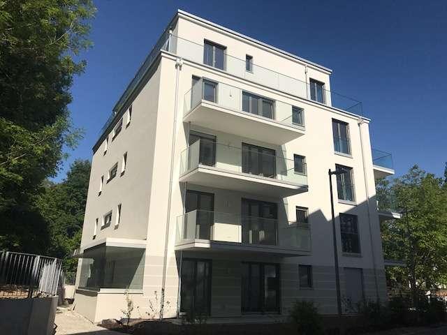Schicke neue 2 ZKB-EG-Wohnung mit Terrasse, Bogenhausen in Bogenhausen (München)