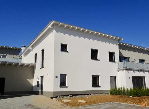 Erstbezug mit EBK und Terrasse: barrierefreie, attraktive 3- Zimmer-EG-Wohnung in Montabaur