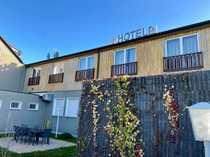Hotel-Restaurant mit Hochzeitssaal Konferenzräumen und