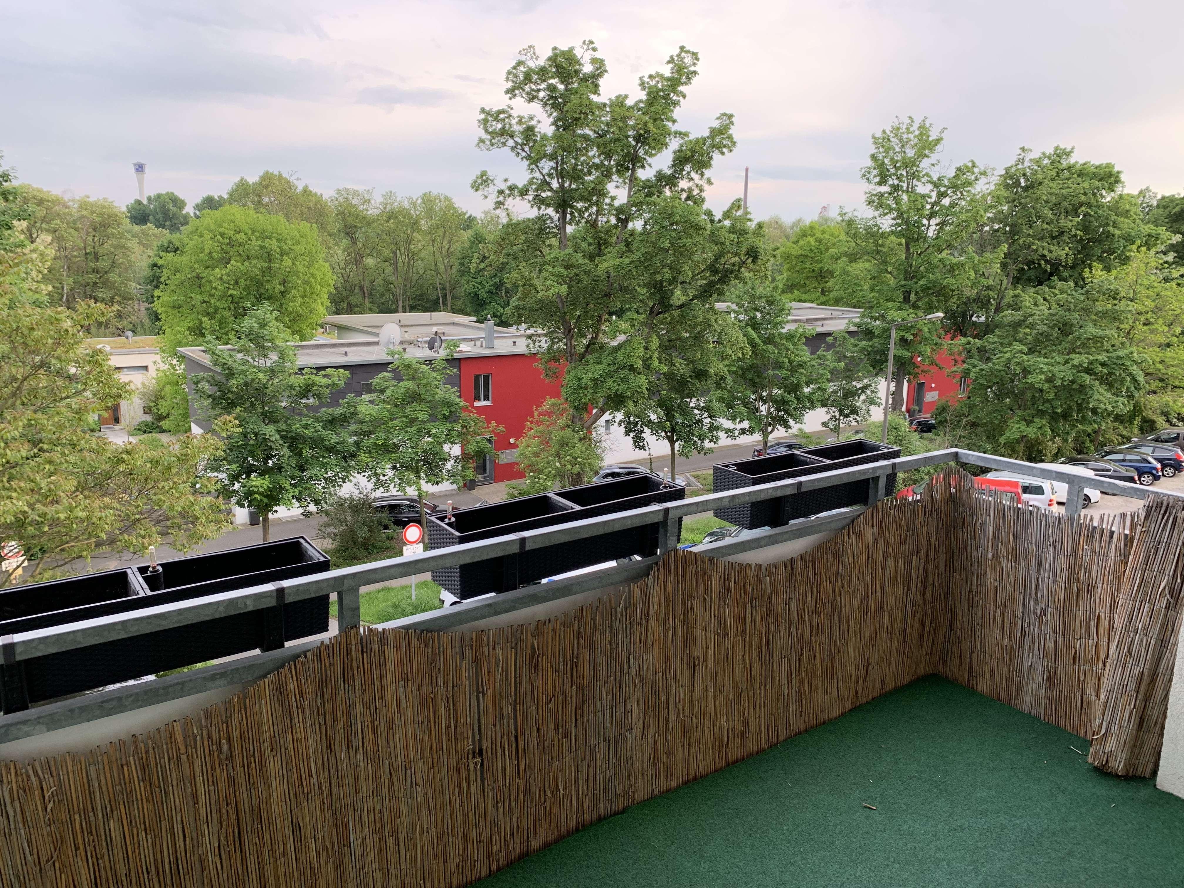 Modernisierte 2,5-Zimmer-Wohnung mit Balkon und EBK in Nürnberg
