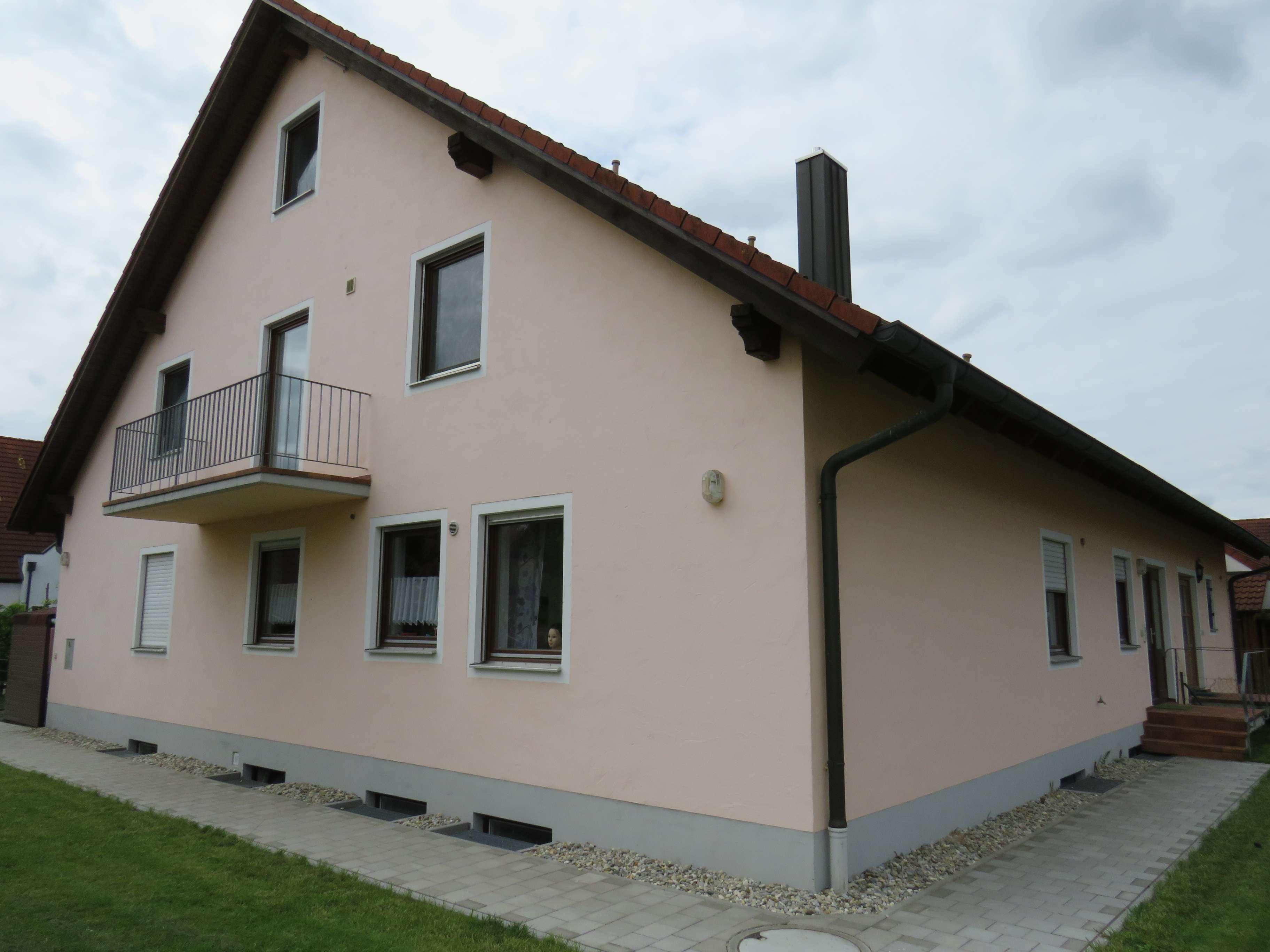 GESUCHT - GEFUNDEN - GEMIETET *** Dachgeschosswohnung mit Galerie