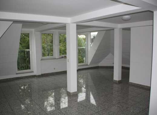 Wunderschöne Single DG Maisonette-Wohnung mit Stellplatz