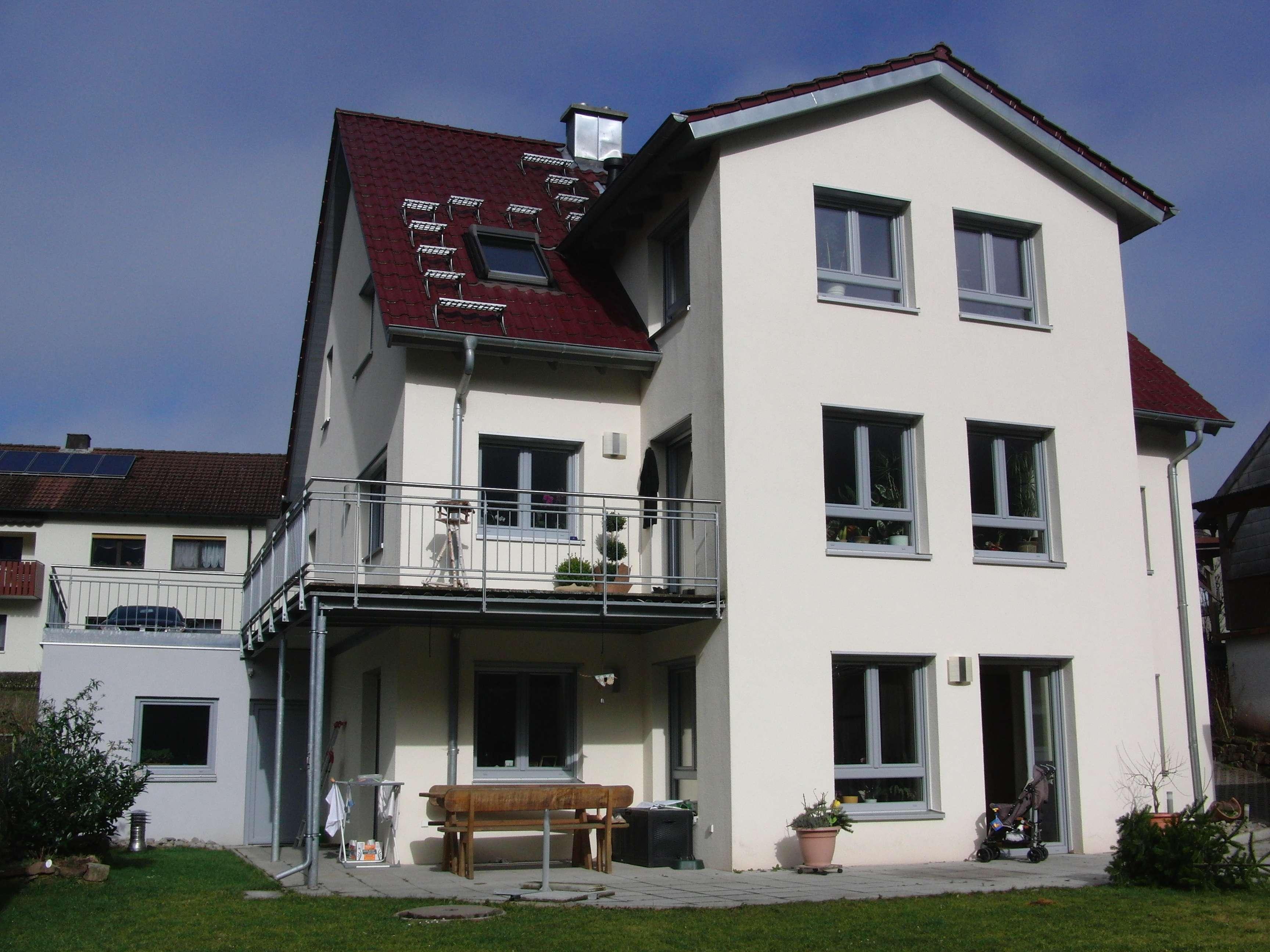 hochwertige helle 3 Zimmer Niedrigenergiewohnung, provisionsfrei von privat in Hammelburg