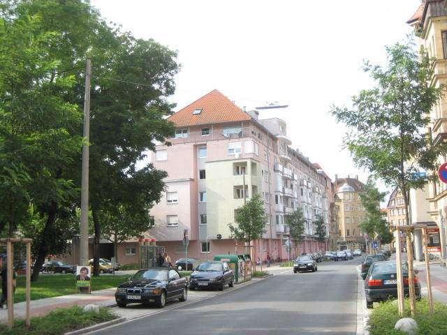 Ideal für Pendler - chic möblierte EZW mit Tiefgarage, U-Bahn in Nähe in Südstadt (Fürth)