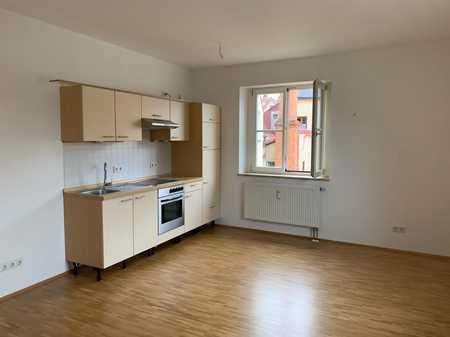 Wunderschöne Wohnung im Herzen der Regensburger Altstadt mit Video-Tour! in Regensburg-Innenstadt