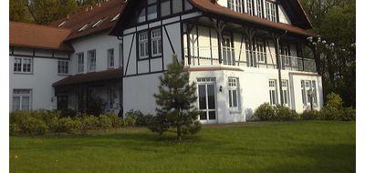 Wohnen im exclusivem Landhaus: 4-Zimmer-Wohnung im 1. Obergeschoss