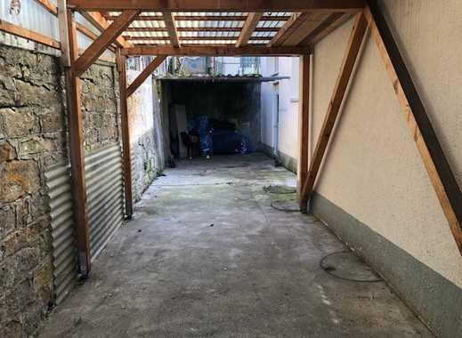 3 überdachte Carports mit Garagentor wie Garage Eningen Ortsmitte