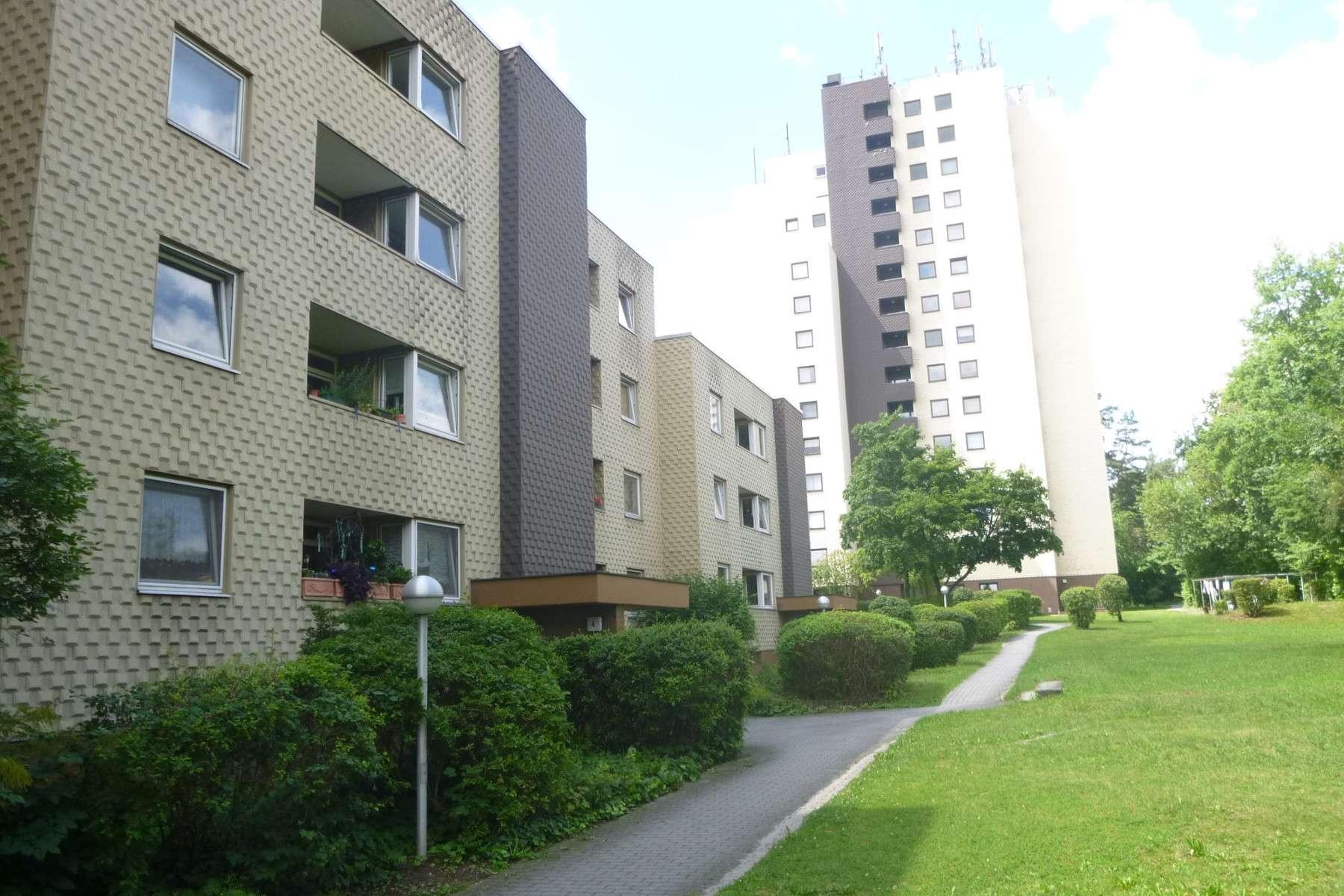 AKTION - ERSTE KALTMIETE GESCHENKT, geräumige 4 Zimmer Wohnung ab sofort zu vermieten in