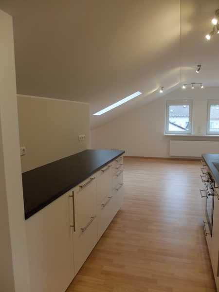 Bitte per Mail anfragen! DACHGESCHOSS 2 Zimmer Wohnung mit EBK in Bad Wörishofen