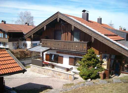 Grundstück mit Altbestand bebaubar mit EFH in begehrter Wohnlage von Waakirchen zu verkaufen