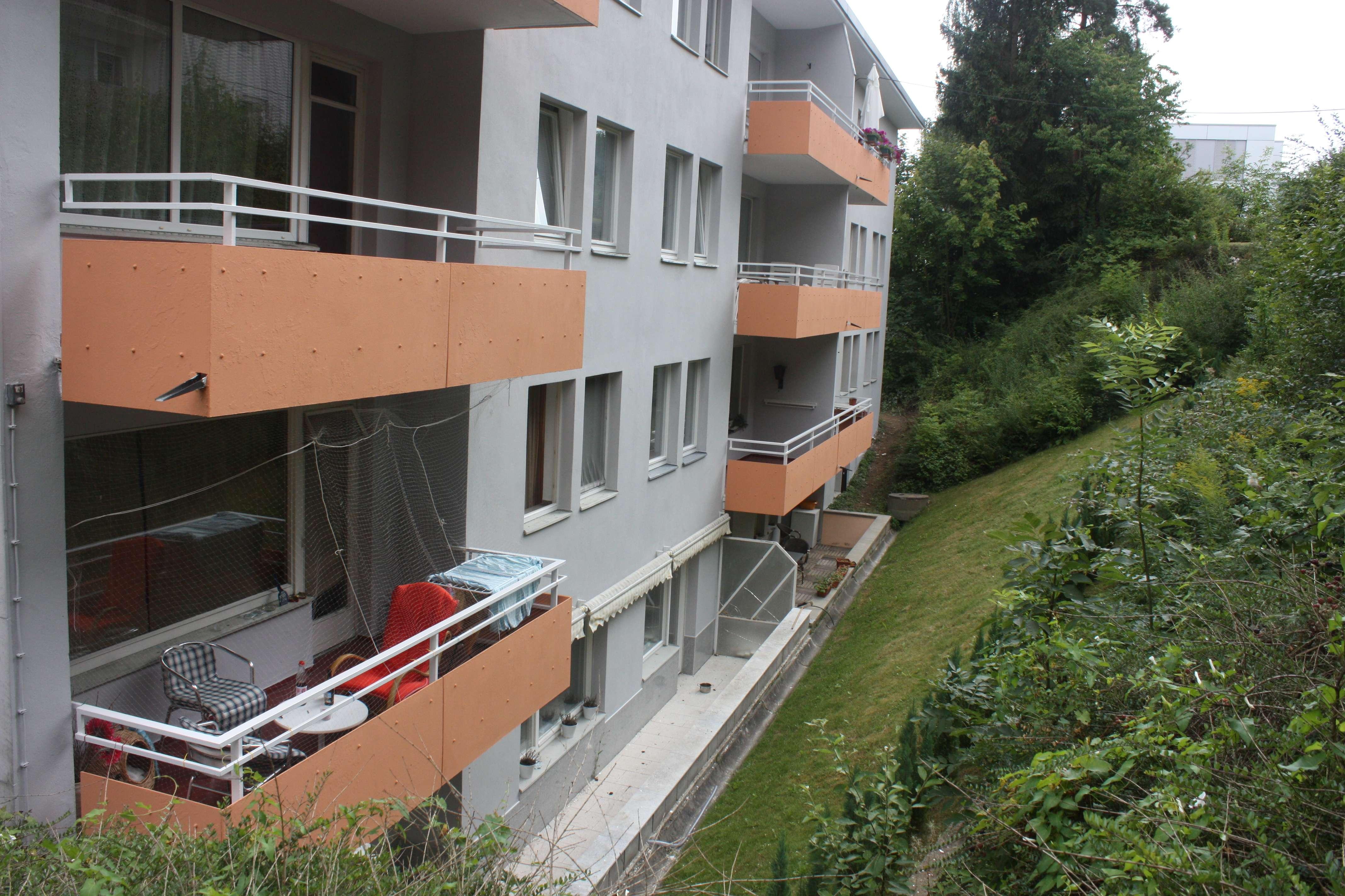 Attraktive 2-Zimmer-Terrassenwohnung mit Balkon und Einbauküche in Coburg