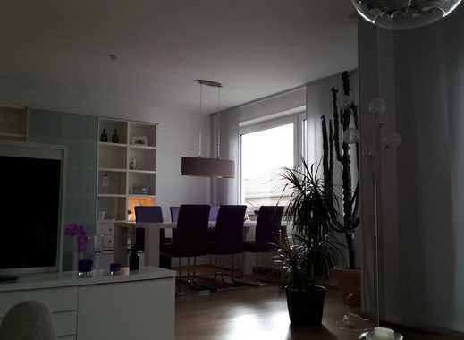Stilvolle, geräumige 2-Zimmer-Wohnung mit zwei Balkonen und EBK in Stuttgart-West