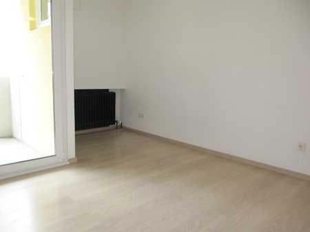 Fürth Kaiserstraße ! Möbliertes helles 1 Zimmer 22 qm f. Schüler/Studenten/Pendler, zentrale Lage in Südstadt (Fürth)