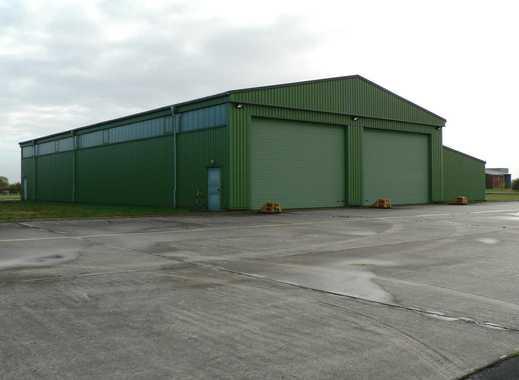 Lagerhalle, 1300 m² für die Nutzung als Lager oder Produktion