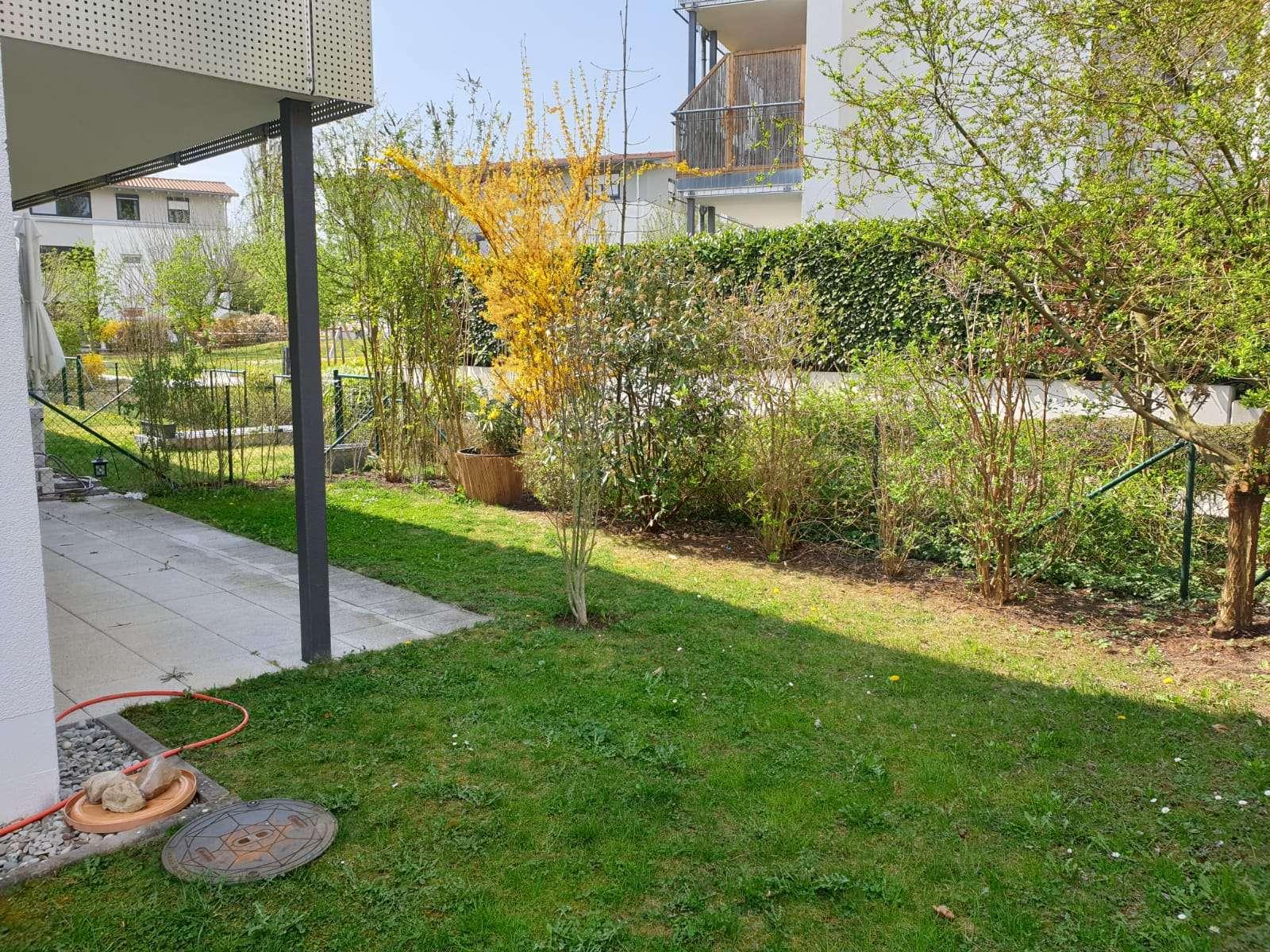 Ruhige Erdgeschosswohnung mit zwei Zimmern, Terrasse und Garten in Neuburg, zentrale Lage in